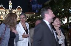 Các đại sứ châu Âu vào TP HCM du Xuân, đón Tết