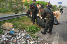 Gần 100 chiến sĩ Công an TP Cần Thơ dọn dẹp vệ sinh ngày giáp Tết