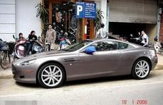 Siêu xe Aston Martin tiền tỷ 'vứt' không ai nhặt tại Việt Nam