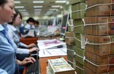 Nhân viên ngân hàng thu nhập 10-30 triệu đồng vẫn nghỉ việc
