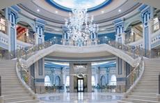 Bên trong khách sạn giam giữ hoàng thân Ả-rập 2 tháng