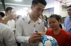 U23 Việt Nam bắt đầu 'đói bóng'