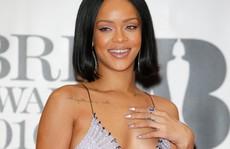 Ca sĩ bốc lửa Rihanna là một 'Gooner' thật sự