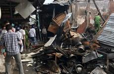 Ngủ canh hàng Tết, vợ chồng chết cháy trong ki ốt chợ
