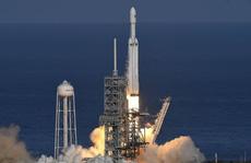 Ti phú Elon Musk phóng thành công tên lửa mạnh nhất thế giới