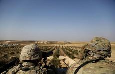 Quân đội Mỹ không kích lực lượng thân chính phủ Syria