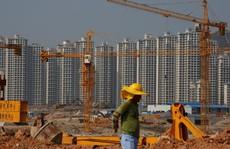 Trung Quốc ôm 'bom nợ'