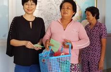 Trao 200 suất quà cho người nghèo quận 8, TP HCM