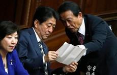Bê bối đất công trở lại 'ám' Thủ tướng Nhật