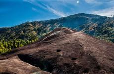 Lên Đắk Lắk nhớ nghe giai thoại về hòn đá 'nuốt người'
