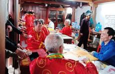 Xô bồ khai ấn đền Trần