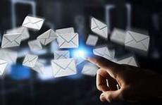 Tạo thiện cảm qua email