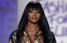 'Báo đen' Naomi Campbell là biểu tượng thời trang 2018