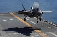 """""""Tia chớp"""" F-35 của Mỹ ra oai"""