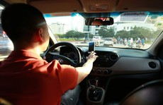 Uber 'biến mất' tại Việt Nam: Bớt cạnh tranh, khách hàng, lái xe có bị thiệt?