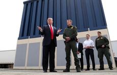 Tổng thống Trump 'đá bóng' bức tường biên giới sang quân đội