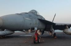 Ngắm dàn máy bay 'khủng' trên tàu sân bay USS Carl Vinson