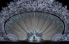 Sân khấu 'băng giá' gắn 45 triệu viên pha lê của Oscar 2018