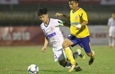 VCK U19 Quốc gia 2018: Chủ nhà bại trận ngày đầu