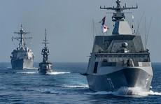 """Tàu sân bay Mỹ """"chọc tức"""" Trung Quốc ở biển Đông"""