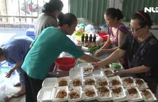 Từ bi kịch cháy chung cư Carina, đến những suất cơm chay từ thiện