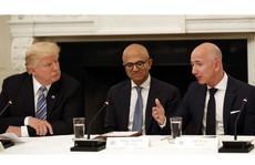Vì sao ông Trump thích công kích Amazon?