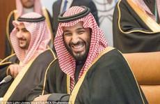 Ả Rập Saudi: Theo dõi điện thoại bạn đời bị phạt hơn 100 ngàn USD, ngồi tù 1 năm