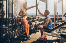 Cách tăng hưng phấn khi bắt đầu buổi tập thể dục