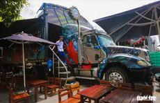 Quán cà phê xe container có một không hai ở Sài Gòn