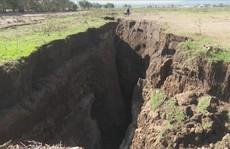 Loạn giả thuyết về vết nứt khổng lồ có thể tách đôi châu Phi