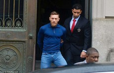 'Gã điên' Gregor nộp phạt 50.000 USD, hầu tòa vào tháng 6