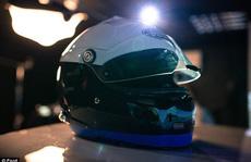 Mũ bảo hiểm đọc được ý nghĩ của tài xế