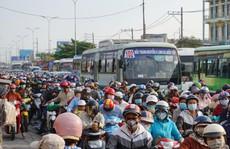 Vật vờ trở lại Sài Gòn sau lễ