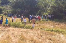 Hai thanh niên giết người rồi mang xác chôn ở bờ ruộng