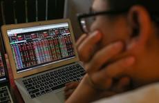 VN-Index 'thủng' 1.000 điểm: Nhà đầu tư xanh mặt