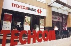 Techcombank lý giải vì sao cổ phiếu lên sàn với giá quá cao