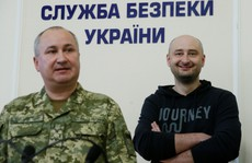 Nhà báo Nga 'bị bắn chết ở Ukraine' bất ngờ... còn sống