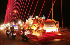 Hàng vạn người hòa nhịp cùng đêm Carnaval đường phố DIFF 2018 Đà Nẵng