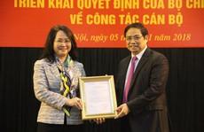 Trao quyết định cho tân Bí thư Tỉnh ủy Lạng Sơn