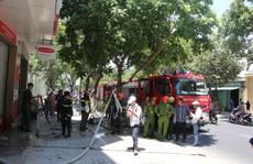 Cháy tại công ty bảo hiểm, hàng chục nhân viên bỏ chạy thoát thân