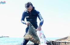 Hấp dẫn chuyện lặn 6 tiếng dưới biển săn ốc khiêu vũ