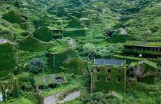 'Lạnh gáy' ngôi làng tại Trung Quốc bị mẹ thiên nhiên 'nuốt chửng'
