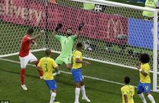 Trọng tài trận Brazil – Thụy Sĩ bị chỉ trích vì không dùng VAR