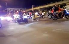 VIDEO: Đua xe ở xa lộ Hà Nội sau khi xem World Cup