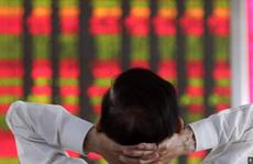 Chứng khoán Trung Quốc 'tắm máu', 514 tỉ USD bốc hơi