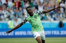 Tan tác Iceland, 'đại bàng xanh' Nigeria tung cánh