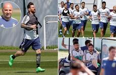 Argentina đại loạn, Messi và đồng đội giành quyền HLV?