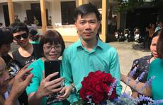 Bác sĩ Hoàng Công Lương nói gì sau khi tòa trả lại hồ sơ?