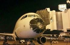 Gặp phải mưa đá, máy bay 'nhào lộn' trong 5 phút địa ngục