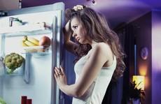 Coi chừng ung thư vú và tuyến tiền liệt vì 'ăn xong lăn ra ngủ'